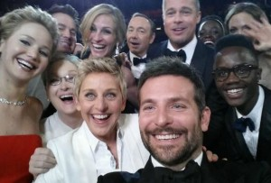 selfies_famosos-selfie_Oscar-semana_selfies_MILIMA20140306_0204_3