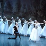 http://russianbroadway.com/s1/files/image/selections/Giselle/slider/giselle-slider-1.jpg